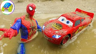 Spider-Man Enters Cave And Save Cars In The Sand - Toys for Kids | Kid Studio