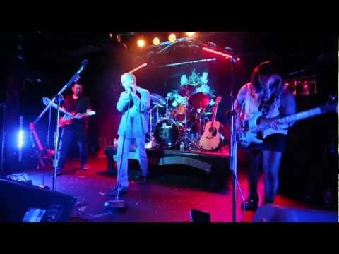"hazynation ""stuck"" live @ sticky fingerz"