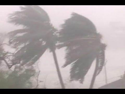Chennai: Cyclone Vardah makes landfall;