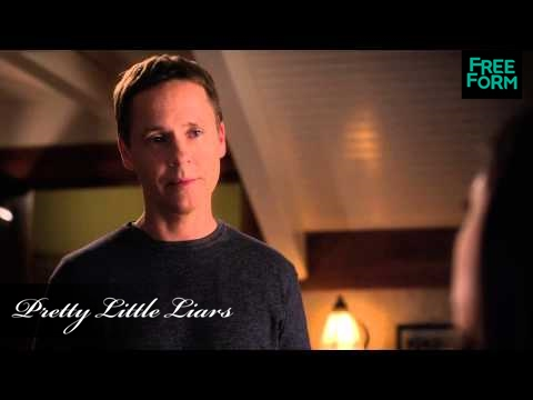 Pretty Little Liars 5.11 (Clip 'Mike & Mona')