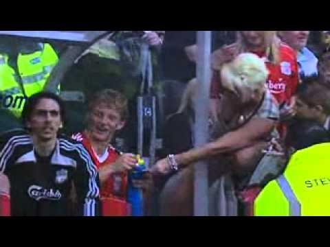 Những tình huống hiếm có trong bóng đá