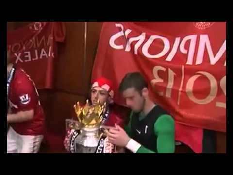 Man United dressing room 20 Champions
