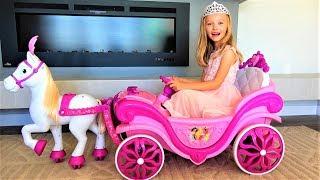На бал в пижаме Полина хочет быть самой красивой принцессой Funny Princess story