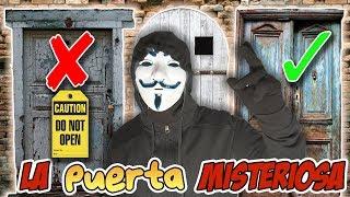 No Abras La PUERTA MISTERIOSA Incorrecta | El HACKER Nos Obliga A Jugar !!