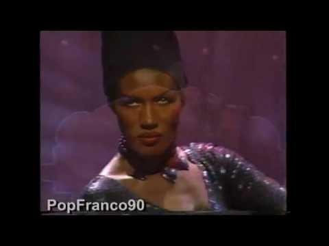 Grace Jones''La vie en rose'' Live 1990