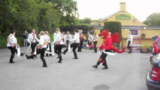 preview picture of video 'Cardiff Morris dance Young Collins at the Cross Inn, Llanblethian. 19th June 2012.'