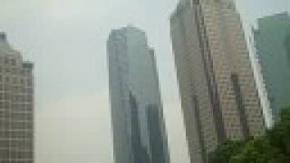 preview picture of video 'Shanghai Pudong Skyscrapers from Lujiazui Park'