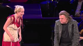 "Sweeney Todd: Emma Thompson Sings ""Worst Pies in London"""