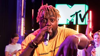 Kwame Performs 'Wow' Live On TRL