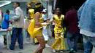 preview picture of video 'Carnaval 2007 in Sao Nicolau, First Morning'