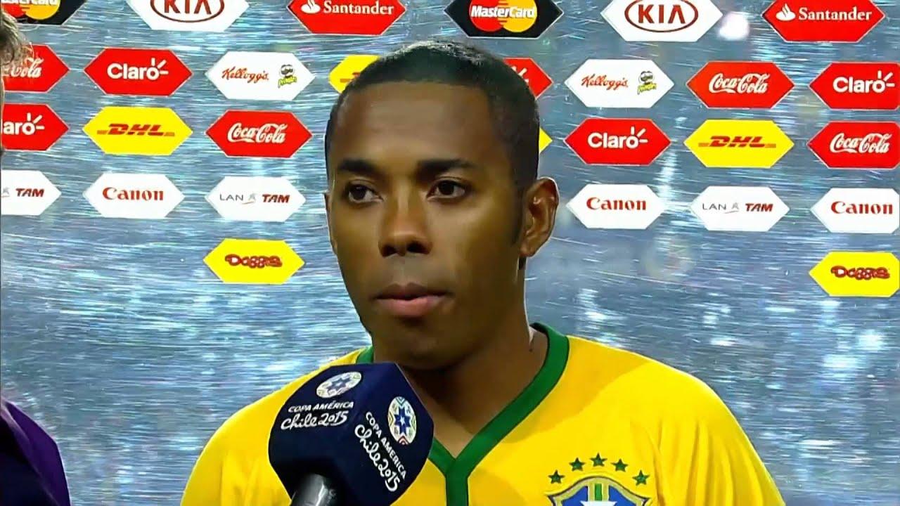 FUTEBOL: Copa América 2015: Robinho: «A gente precisa melhor muito»