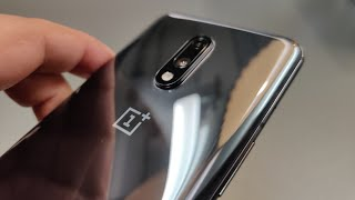 OnePlus 7 Hands-on: Not Just A OnePlus 6T Clone!