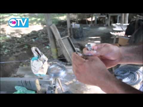 Talleres de pólvora artesanal en León elaboran productos para este próximo 7 de Diciembre