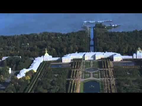 St. Petersburg: The Venice of the North | The Coolest Stuff on the Planet