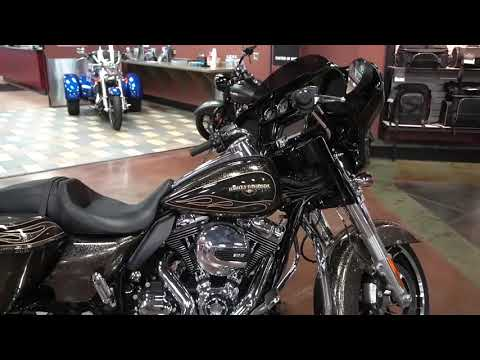 2016 Harley-Davidson Street Glide® Special in Mauston, Wisconsin - Video 1