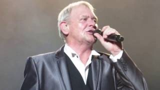SADIE THE CLEANING LADY John Farnham 2017 Jupiters Casino QLD 22.02.2017
