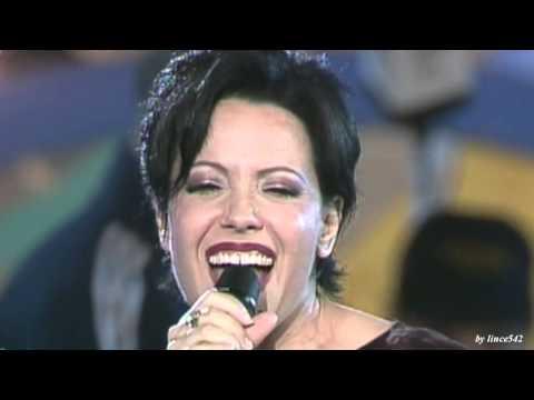 """, title : 'Antonella Ruggiero - """"Controvento""""'"""