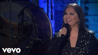 Ana Gabriel - Y Aquí Estoy (En Vivo)