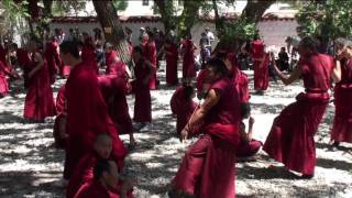 Video : China : The Drepung and Sera monasteries, Lhasa - video
