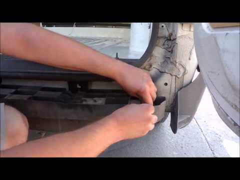 Parachoques trasero con peldaño en furgoneta