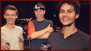 Download Video DYLAN O'BRIEN AND THE MAZE RUNNER CAST PLAY COPS AND ROBBER!! MP3 3GP MP4