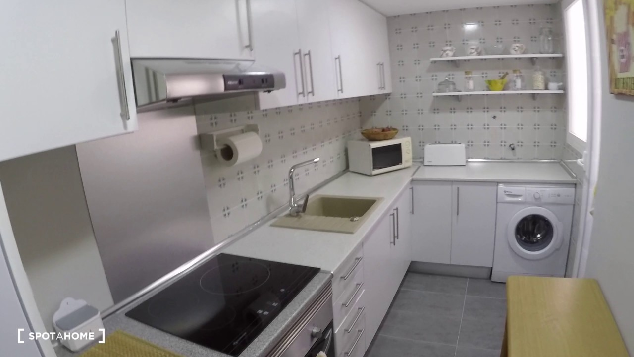 Rooms for rent in stylish 4-bedroom apartment in Benimaclet