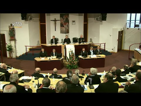 Séance d'ouverture de l'Assemblée plénières des Evêques de France