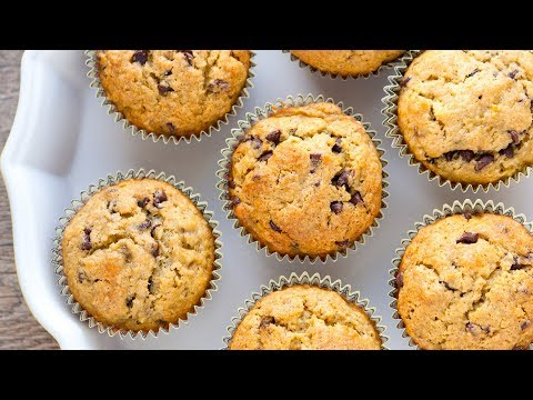 Easy Homemade Banana Muffins Recipe with Chocolate Chips