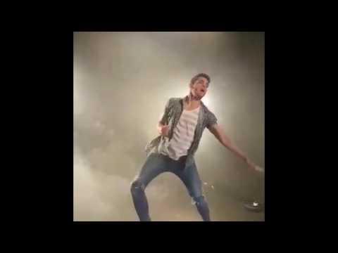 "Making of ""Naughty Boy"" music video"