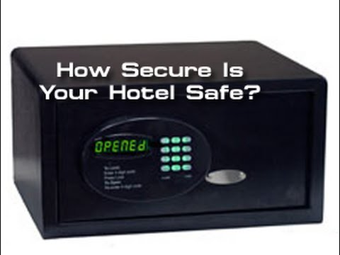 Watch This Guy Open A Hotel Room Safe With A Pocketknife And Paperclip