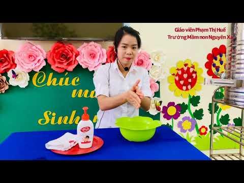 Hướng dẫn rửa tay cô giáo Phạm thị Huế