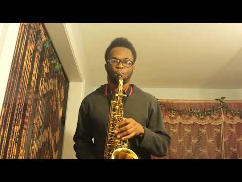 Santa Claus Is Coming To Town – Saxophone Cover by Ikechi Onyenaka
