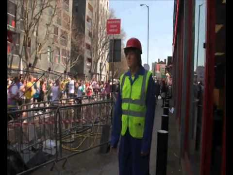 mannequin-man performming as a Living Mannequin: London Marathon Living Mannequin Machine Mart 2013 for Machine Mart on 21/04/2013