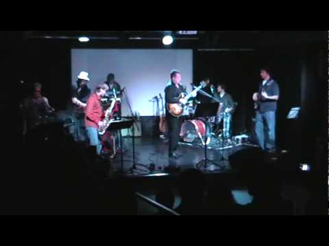 Can't Get Next To You - Al Green (performed by Superfly) Live @ The Black Box