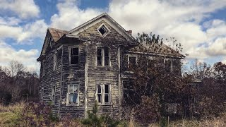 Doctors Abandoned House 140 Years Old & A Few Neat Old Antiques