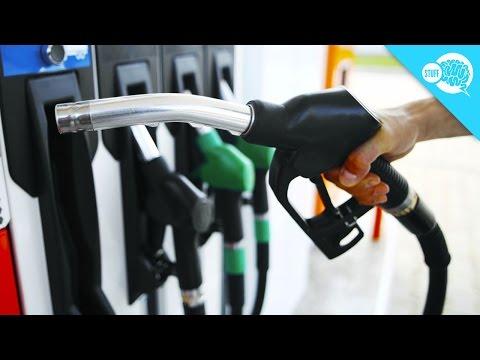 Der Aufwand des Benzins toyota prius