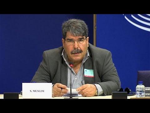 Η Τουρκία εξέδωσε ένταλμα σύλληψης του ηγέτη του κόμματος PYD των Κούρδων της Συρίας