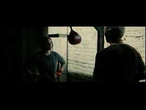 Video trailer för Million Dollar Baby Trailer
