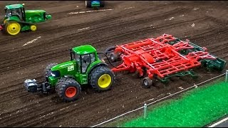RC Tractor Action! Amazing Compilation Of Siku Control Tractors In 1:32.