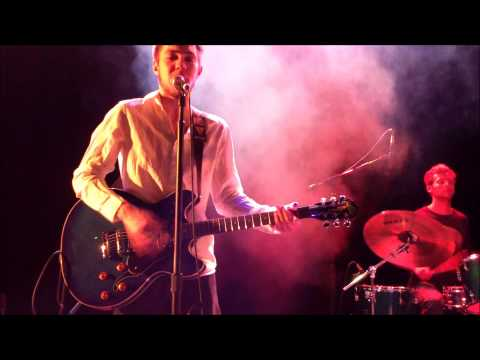 Frontman & the Otherguys- Technicolor Bus (The Lion's Pause 2013)