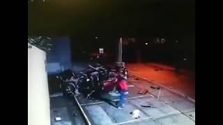 gutted alive liveleak - मुफ्त ऑनलाइन वीडियो