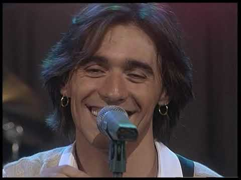 Cae video Una larga historia de amor (Acústico) - En vivo 1997