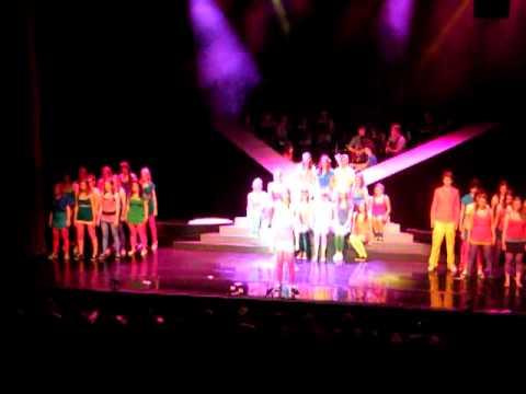 Musicelz - Mamma Mia medley - Elzendaalcollege Boxmeer