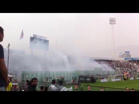 """Garra Blanca Recibimiento Colo Colo - Santiago Wanderers 30 abril 2016"" Barra: Garra Blanca • Club: Colo-Colo"