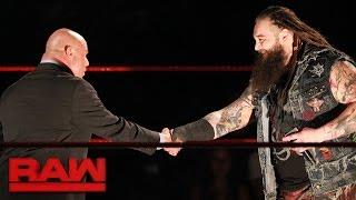 Bray Wyatt hace de las suyas en RAW