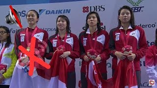 Singaporean Athletes Continue Singing National Anthem Even Though Song STOPS.