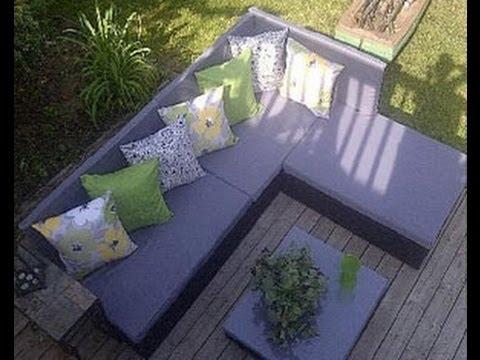 Sofa exterior para el jardín hecho con palets