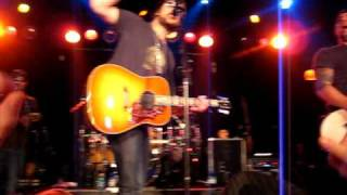 "Eric Church - ""Young and Wild"" - Lincoln Theater (Raleigh, NC)"