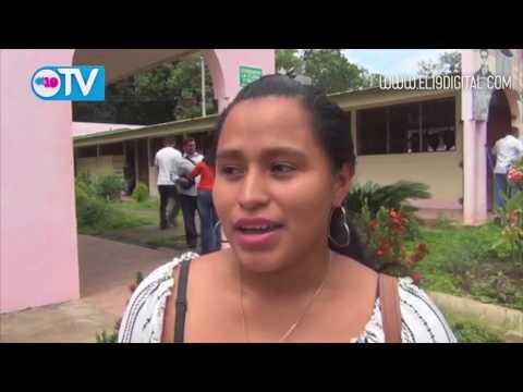 Estudiantes conmemoran su día con un vídeo foro