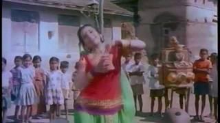 Dushman - Paisa phenko tamasha dekho (Part 1) - YouTube